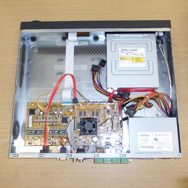 عکس-داخل-DVR,عکس DVR,عکس از داخل یک دی وی آر هایک ویژن Hikvision