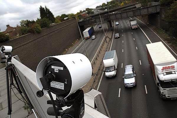 آشنایی-با-دوربین-های-مداربسته-پلاک-خوان-سری-ANPR,,